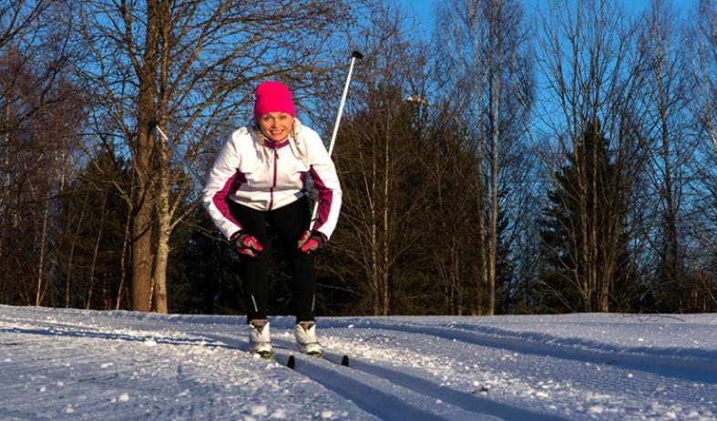 Плюсы занятий лыжным спортом